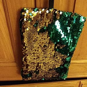 Girl's Sequin Clutch in reversible colors!!